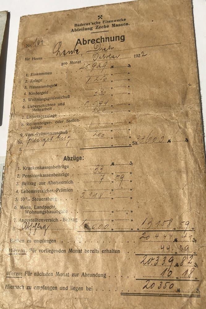 """Detailliert für die Abrechnung für den Oktober 1922 auf, was Diederich Lente bekommt - auch einen """"Unter-Tage-Zuschlag"""" von 300 Reichsmark."""