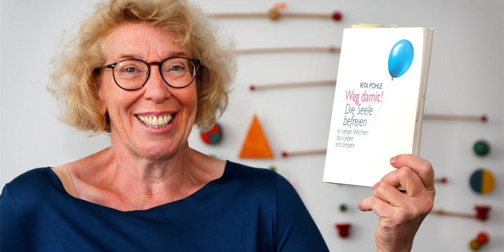 Wer sich von Dingen trennen kann, entrümpelt damit nicht nur das Haus, sondern auch die Seele, meint die Bergkamener Therapeutin Sigrid Brandt. Sie bietet Aufräumcoaching an.