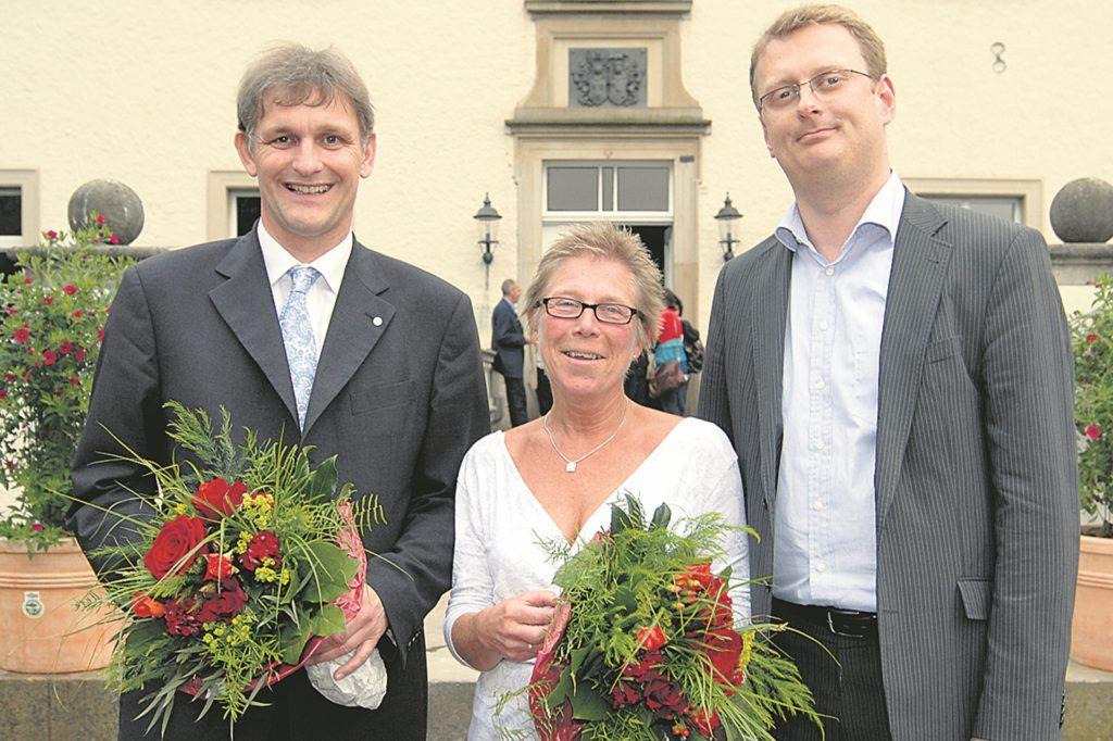 Ein Bild aus 2008, als Michael Makiolla (links) von der SPD als Landratskandidat nominiert und Brigitte Cziehso als Kreistagsfraktionschefin inthronisiert wurde – mit im Bild SPD-Parteichef Oliver Kaczmarek.