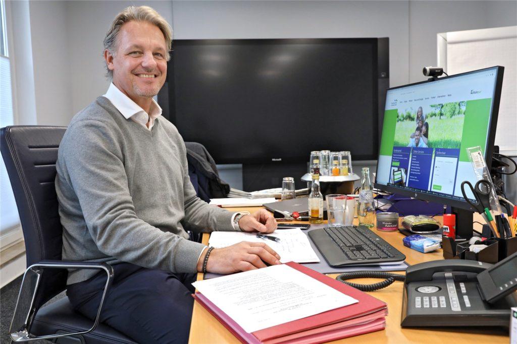 Der neue Stadtwerke-Geschäftsführer Alexander Loipfinger sitzt nicht im Home-Office. Viele seiner Mitarbeiter arbeiten inzwischen allerdings von zuhause aus.