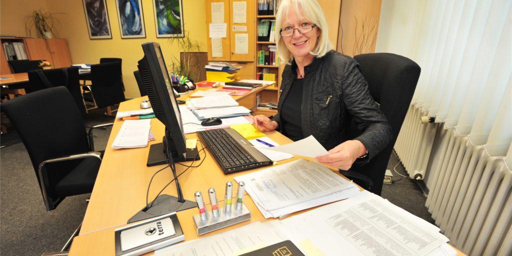 Die Leiterin des Städtischen Gymnasium Bergkamen räumt in absehbarer Zeit ihren Schreibtisch. Ein Nachfolger wird bereits gesucht.