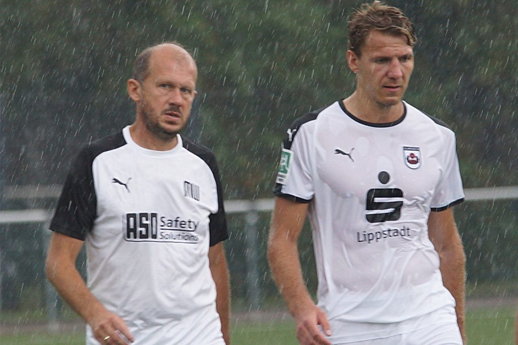 Marc Woller (links) steht noch beim Regionalligisten SV Lippstadt unter Vertrag, übernimmt dann aber den Holzwickeder SC.