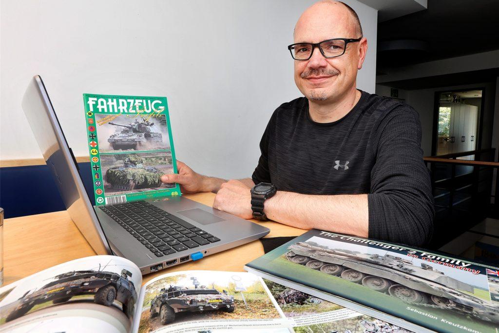 Sebastian Kreutzkamp (45) aus Kamen ist Experte für Militärfahrzeuge und hat bereits in vielen Fachpublikationen Texte und Fotos veröffentlicht.