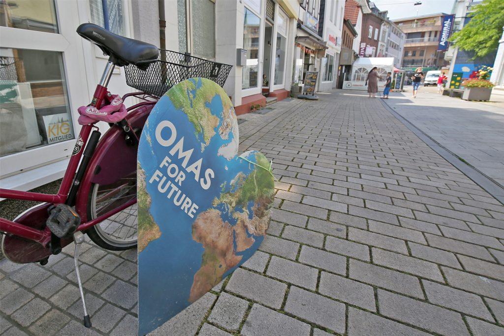 Die Omas for Future Kamen haben sich im Juli vorigen Jahres gegründet. Sie organisieren nun unterschiedliche Aktionen, die für ein nachhaltige Lebensweise werben.