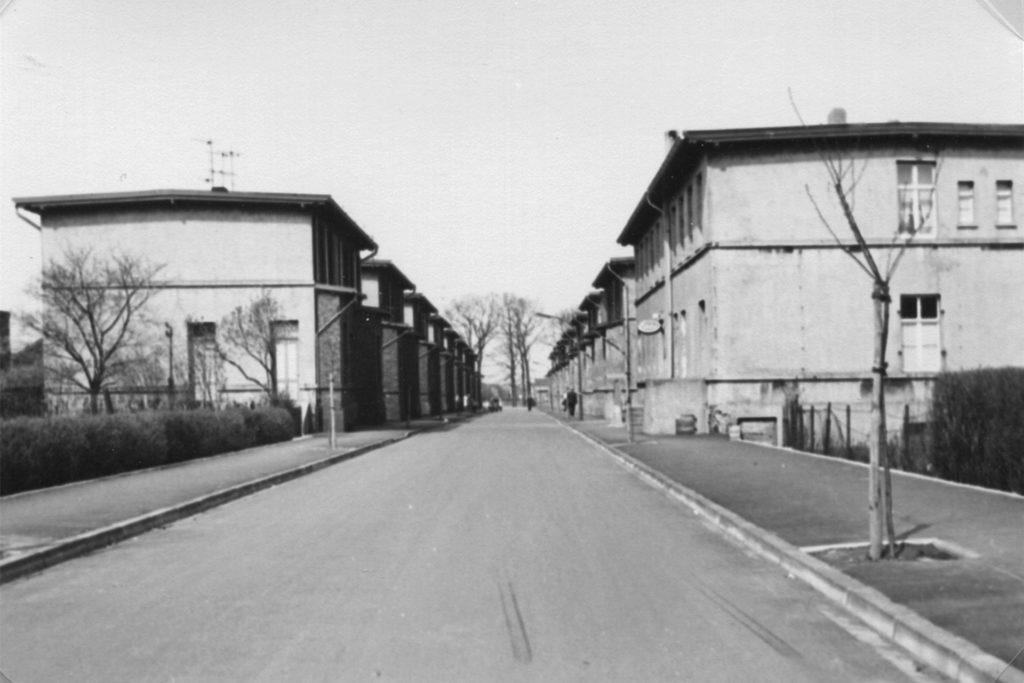 Die Kaiserau Sektion 8, heute Röntgenstraße. Das Bild ist auf das Jahr 1965 datiert.
