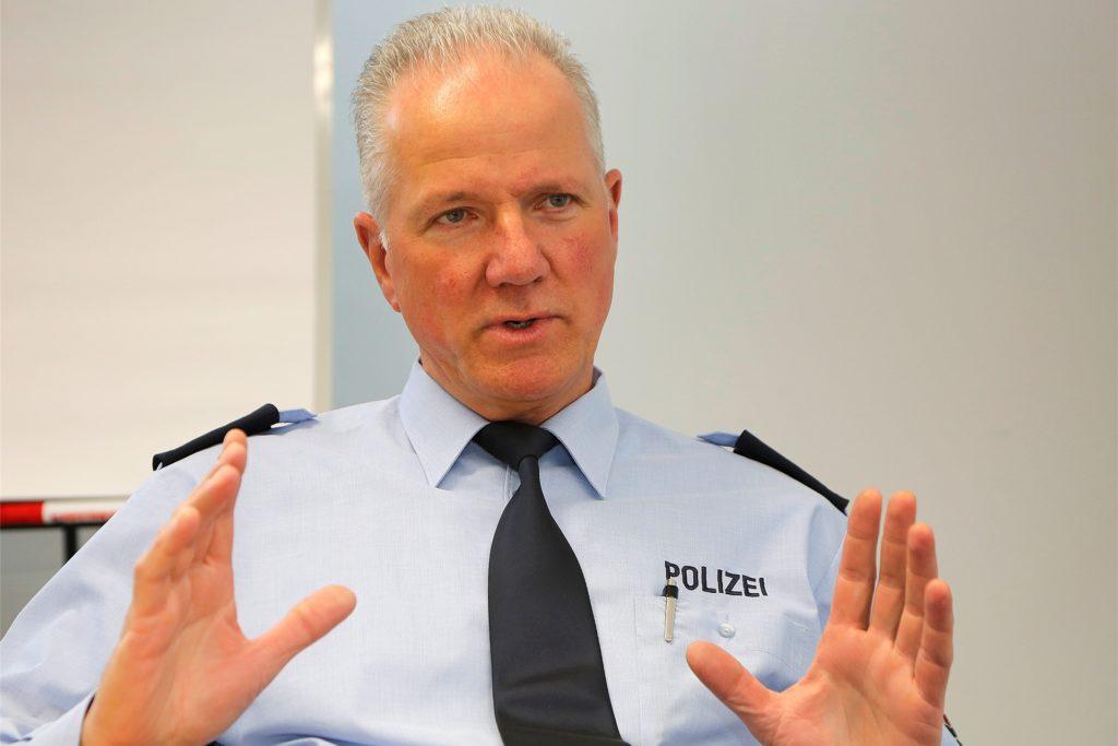 Manfred Blunk, Erster Polizeihauptkommissar und Leiter der Autobahnpolizeiwache, kündigte weitere Tempomessungen auf den hiesigen Autobahnen an.