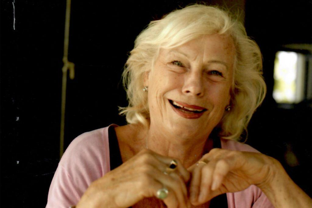 Die Kammerschauspielerin Barbara Blümel gehört zum Ensemble, das der Kamener Musikwissenschaftler Reinhard Fehling für einen Filmdreh zusammen gestellt hat.