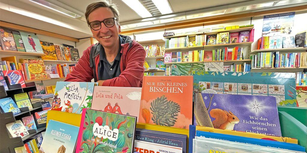 Michael Sacher will Mitglied der neuen Bundestagsfraktion von Bündnis 90/Die Grünen werden. Inhaber der Buchhandlung Hornung in Unna will er auch dann bleiben.